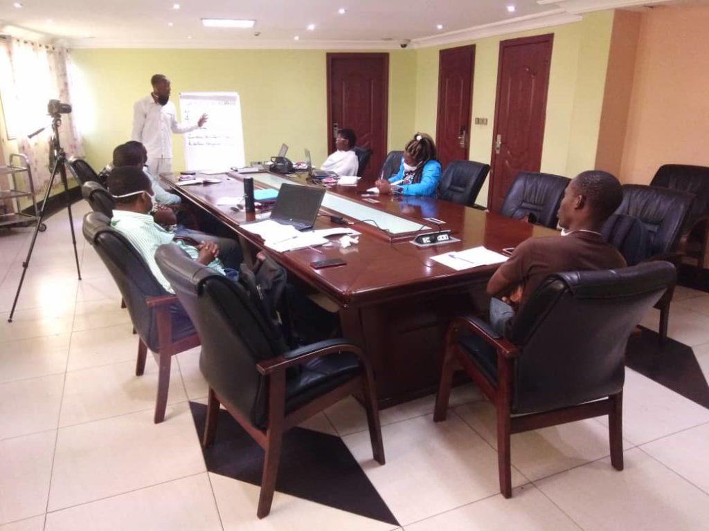 Une session de formation pour hausser le niveau des journalistes.