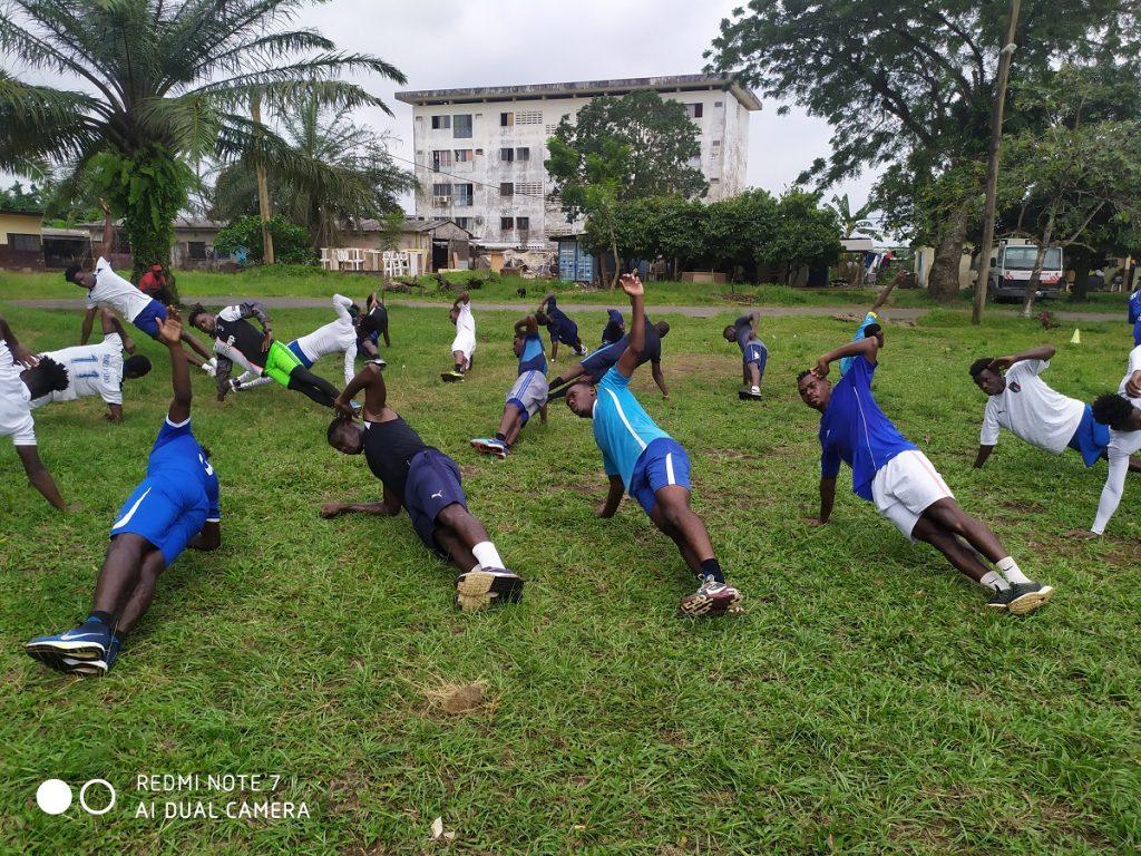 Fidèles, ils sont restés à New stars de Douala