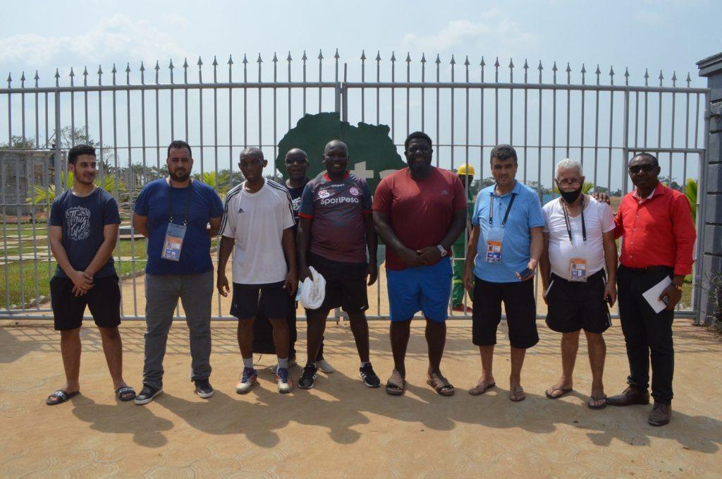Des journalistes étrangers visitent OTA à Souza