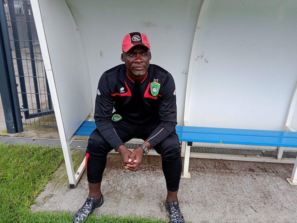 « Je suis prêt pour un banc en  Ligue 1 »